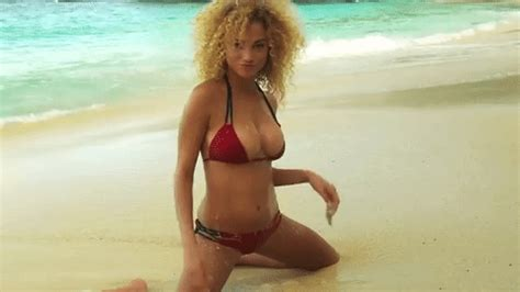 rose bertram workout si swimsuit 2015 gifs find share on giphy