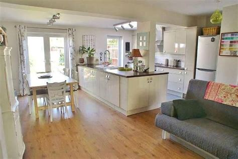 3 bedroom houses for sale in brighton 3 bedroom terraced house for sale in the gardens southwick brighton kitchens
