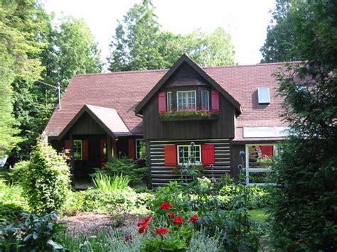 door county wisconsin bed and breakfast quiet cottage bed and breakfast sturgeon bay wi door
