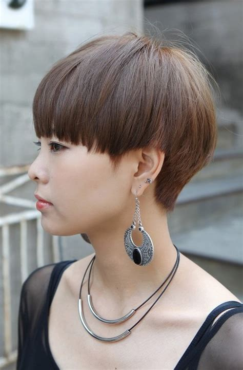 Bob Layered Cut Hairstyle With Bangs Hairstyle 2013 by Bob Layered Cut Hairstyle With Bangs Hairstyle 2013