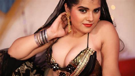 hindi hot vedio songs bhojpuri hot item video song download pirates 1