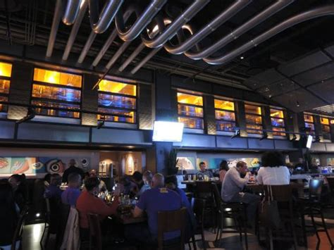 yard house reservations yard house picture of yard house atlanta tripadvisor
