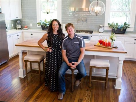 hgtv show ideas hgtv dream home bedrooms chip and joanna gaines fixer