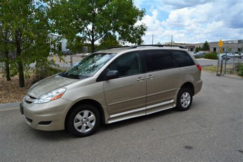 hayes car manuals 2006 toyota sienna head up display service manual how things work cars 2006 toyota sienna auto manual 2006 toyota sienna xlt 4