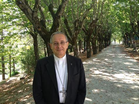 lettere di genitori ai figli lettera vescovo carlo ai genitori benedite i figli