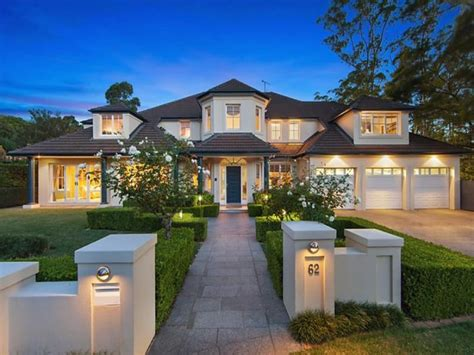 lovely australian home in castle hill sydney
