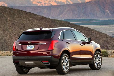 when will the 2020 cadillac xt5 be available 2020 cadillac xt5 facelift breaks cover early carbuzz