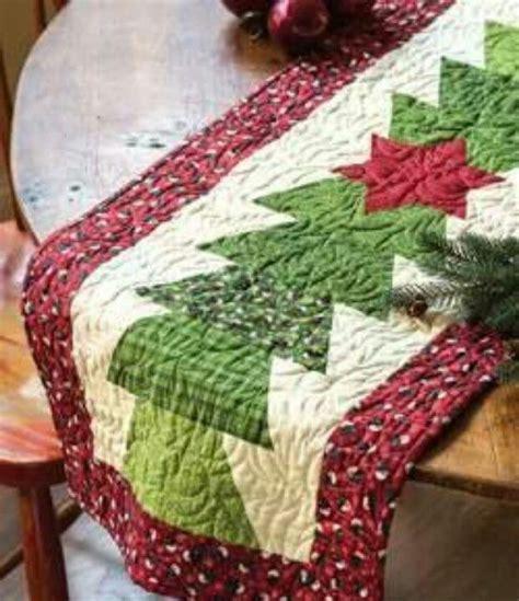pattern for christmas tree table runner christmas tree table runner quilting pinterest