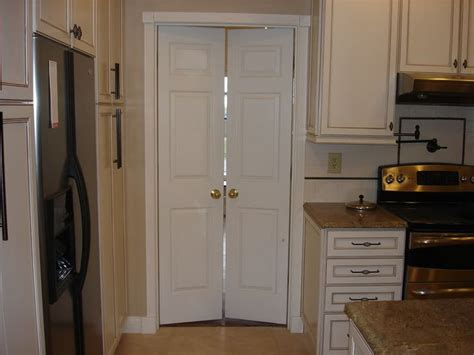 Closet Doors For Tight Spaces by 17 Best Ideas About Interior Doors On