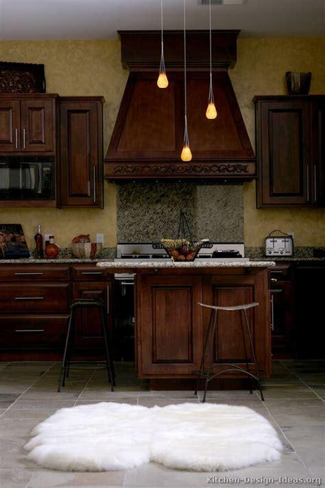 luxury kitchen designers luxury kitchen design ideas and pictures
