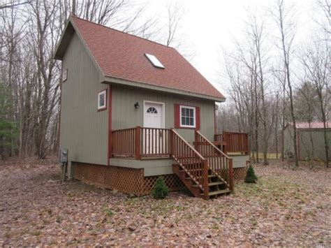 Tiny Cottages For Sale Tiny Cottage On 3 5 Acres In Albion Ny For Sale