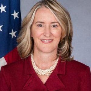 consolato americano genova un altra donna alla guida consolato generale degli