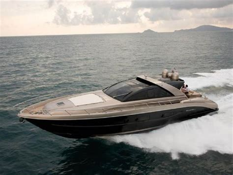 riva yacht kopen 2006 riva 68 ego motor boot te koop nl yachtworld