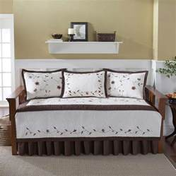Daybed Bedding Sets Cheap Best Contemporary Daybed Covers Homesfeed