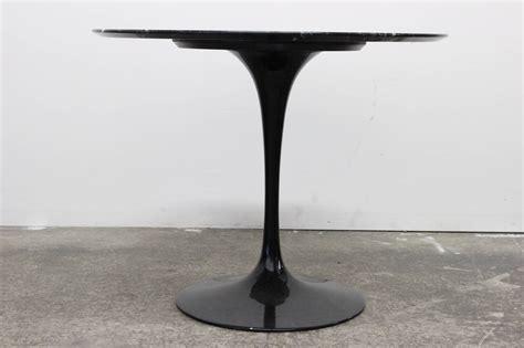 Black Marble Tulip Table By Saarinen At 1stdibs Marble Tulip Table