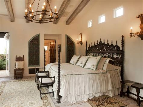 chandelier in master bedroom 37 startling master bedroom chandeliers that exudes luxury