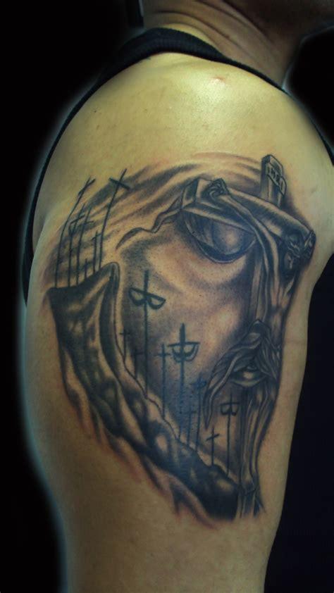jesus tattoo illusion jesus illusion my tattoo work pinterest