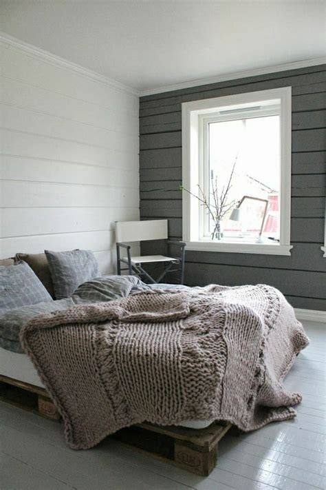Machen Sie Ein Kleines Schlafzimmer Größer Aussehen by 35 Fantastische Ideen F 252 R Bett Aus Paletten Archzine Net
