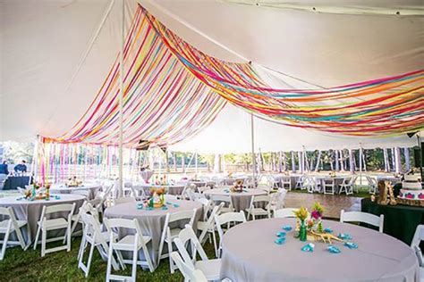 15 awesome ideas to make your wedding tent shine