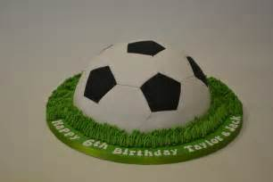 fussball kuchen football cake icing photos models picture