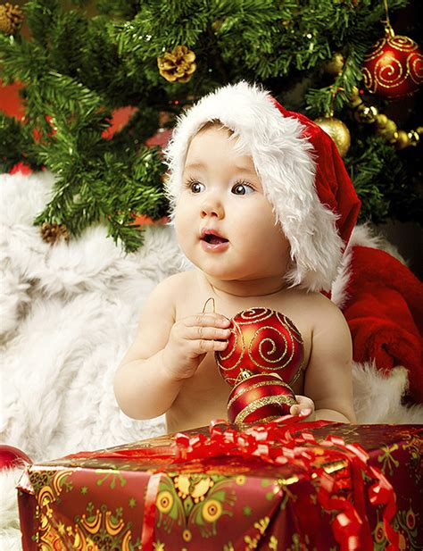 new born baby xmas photo a survival guide for new mums