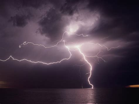lighting images lightning facts and information