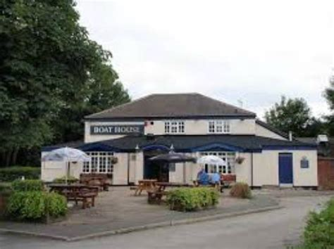 boat house pub the boathouse inn irlam restaurant reviews phone number photos tripadvisor