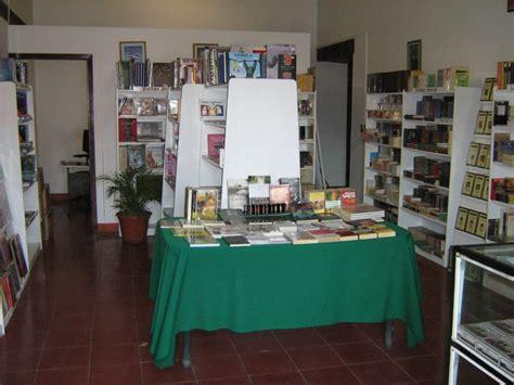 libreria univrsitaria unistmo