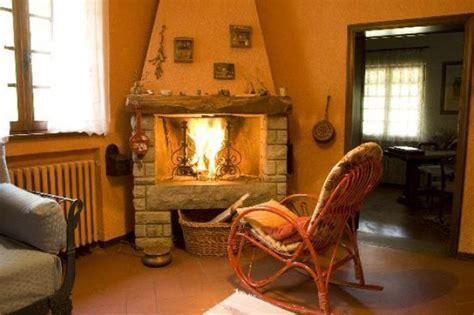 camino stile provenzale caminetti provenzali stili e materiali