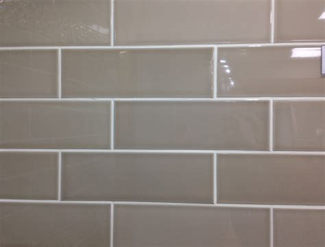 gloss beige metro glazed ceramic wall tile suitable for kitchens and bathrooms