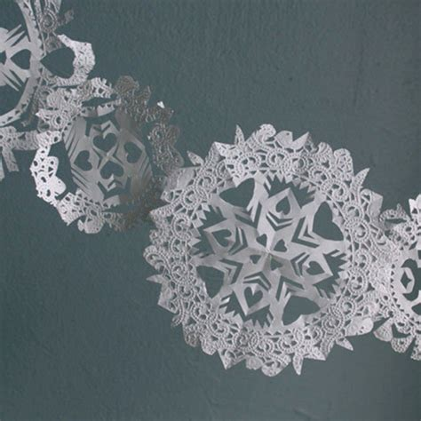 Make Paper Doilies - let it snow here s 10 paper snowflakes you can diy for
