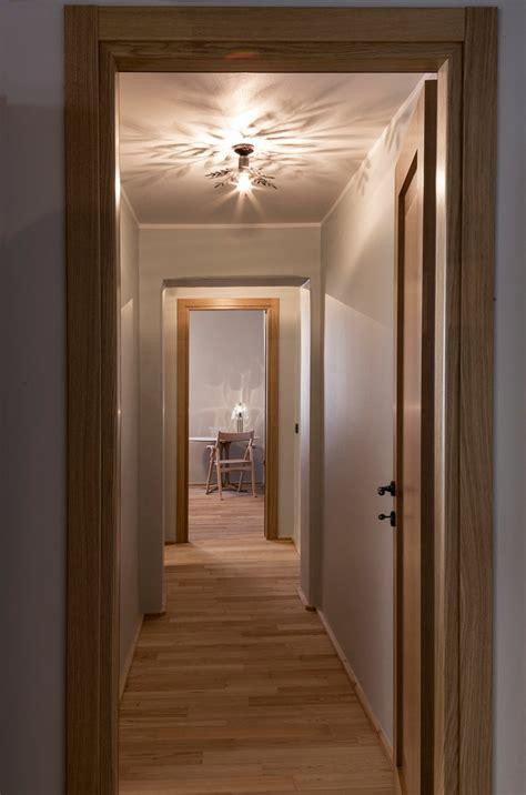 Balken In Decke Finden by Decke Aus Rustikalen Balken In Einer Wohnung In