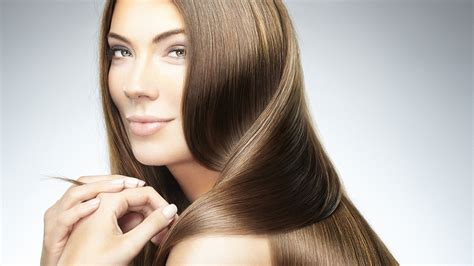 14 Tips For Shiny Hair by 15 Easy Ways To Get Silky Smooth Hair