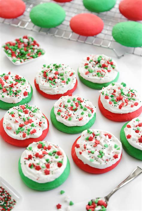 How To Decorate Sugar Cookies With Sprinkles by Lofthouse Style Soft Sugar Cookies Sprinkle Bakes