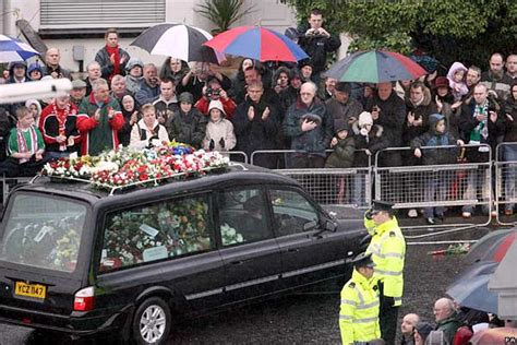 george best funeral news in pictures george best funeral applause