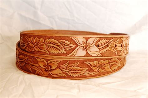 made custom tooled leather belt by lone tree