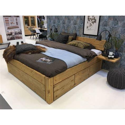 Houten Bed Met Lades by Houten Bed Met Lades Nachtkastje Doezel Met Lade Massief