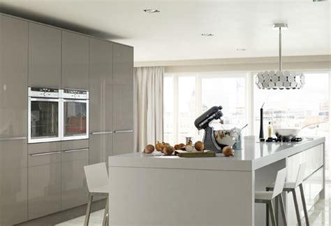 Cream Kitchen Cabinets hline xxxxxxx