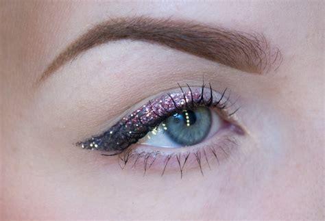 Eyeliner Warna Chanel Penghapus Cosmetics The Makeup Glitter Eyeliner Two Ways