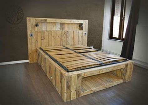Beds Made From Pallets by Big Pallets Made Lighting Bed Pallet Ideas Recycled