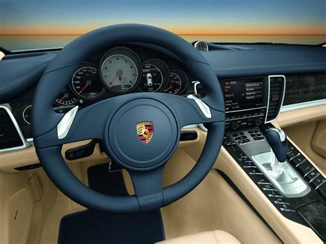 panorama porsche interior porsche panamera 2010 interior img 8 it s your auto