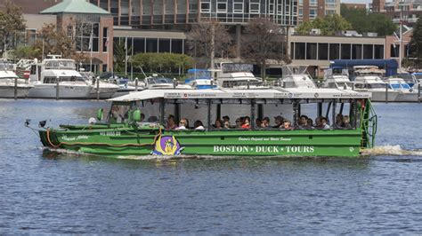 charles river boat cruise 403 3847 charles river cruise boston duck tours
