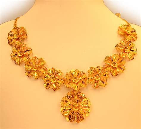 gold necklace designs with sale news and shopping details kerala jwellery necklace