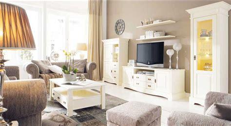 Wohnzimmer Couch 2 Sitzer by Moderner Landhausstil Wohnzimmer Mit Couchtisch