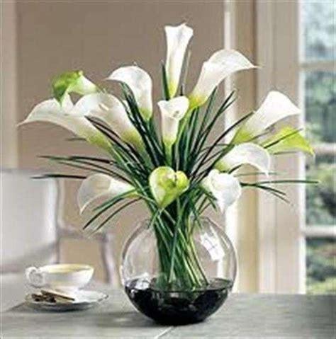 fiori finti decorare casa con i fiori finti foto design mag
