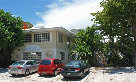 Harbor House Apartments by Harbor House Apartments Rentals Fort Lauderdale