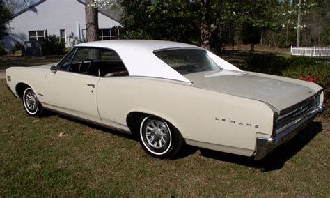 1966 PONTIAC LEMANS 2 DOOR HARDTOP   40136