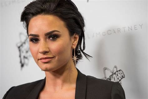 demi lovato age 17 demi lovato reveals what the biggest challenge in her life is