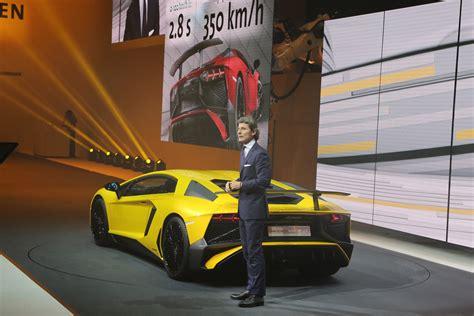 Lamborghini European Delivery Lamborghini Aventador Lp750 4 Sv Debuts With 740 Hp