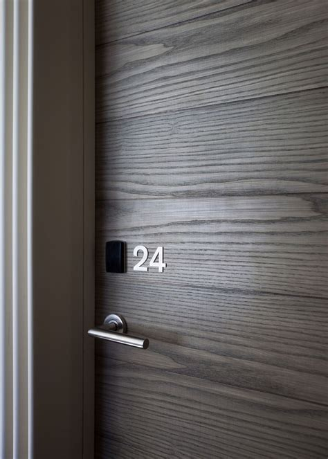 7 11 next door to hotel entrance signage picture of le siam hotel bangkok tripadvisor the world s catalog of ideas